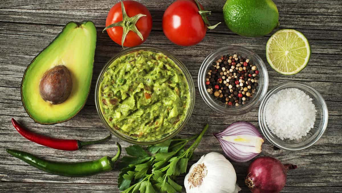 CBD infused guacamole recipe ingredients