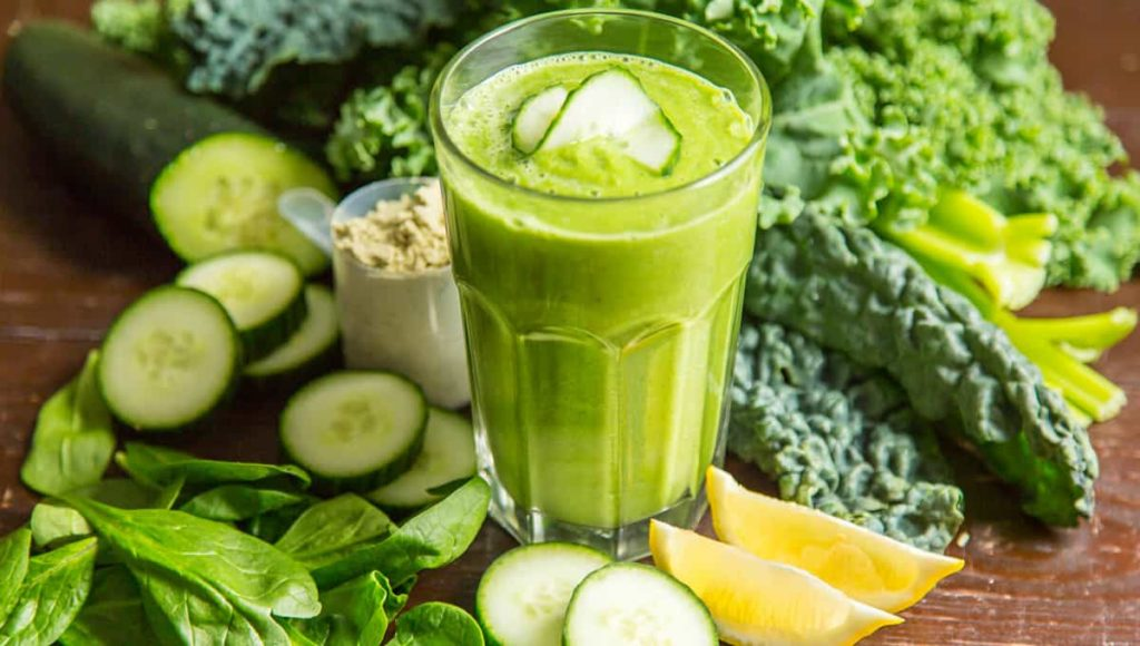 Anti-inflammatory CBD juice glass with different green vegetables